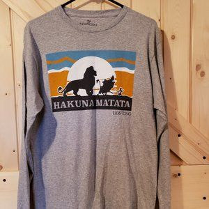 Disney's The Lion King long sleeve  Mens size (M)
